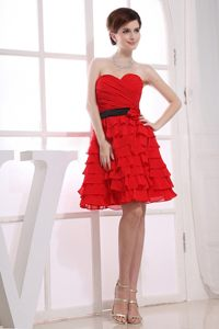 Sweetheart A-Line Ruffles Red Prom Gown Dress with Knee-length