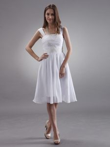 White Straps Knee-length Chiffon Customize Prom Dress With Appliques