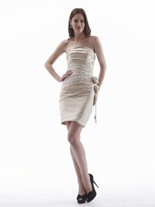 Champagne Mini-length Cocktail Dress With Hand Flower and Appliques