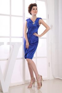 Stylish Blue V-neck Satin Prom Celebrity Dress with Short Sleeves