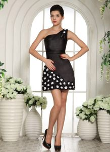 Hand Flowers One Shoulder Mini-length For Black Cocktail Prom Dress