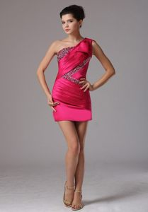 One Shoulder Coral Red Beaded Mini Prom Dresses with Bowknot