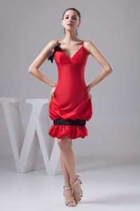 Pick-ups and Bowknot Accent Red Mini-length Prom Cocktail Dress