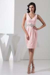 Beading Accent Waist Pink Prom Gown Dress with V-neck in New York