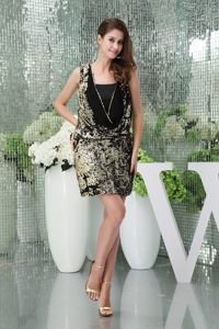 Column Mini Black Prom Dress with Square Neckline Made in Sequin