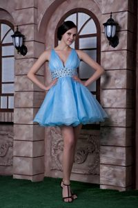 Florida Aqua Blue Organza V-neck Mini Prom Dress with Beadings
