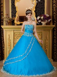 Graceful and Girly Blue Sweet Sixteen Dresses Beading and Appliques