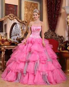 Sweetheart Beaded Ruched Quinceanera Gowns with Layers Organza