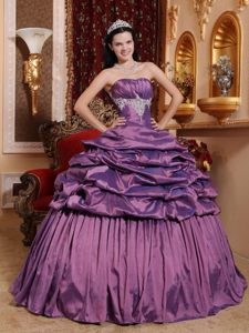 Appliqued Lavender Quinceanera Gown Dresses with Pick ups and Ruches