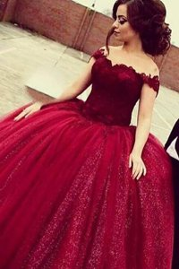 Perfect Wine Red Sequined Zipper Off The Shoulder Short Sleeves Floor Length Prom Dresses Lace