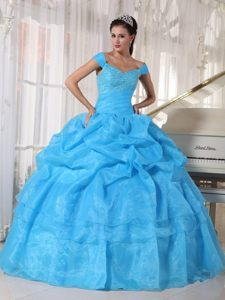 Blue Off Shoulder Quinces Dresses with Pick ups and Beading