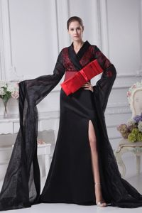 Red and Black V-neck Long Sleeves Bowknot Prom Celebrity Dress