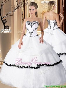 Modest Spring and Summer and Fall and Winter Organza Sleeveless Floor Length Quinceanera Gown andBeading and Embroidery