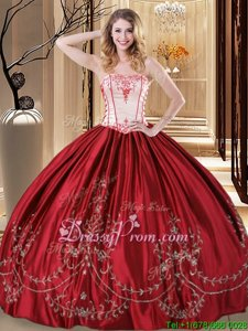 Stunning Wine Red Strapless Lace Up Embroidery Sweet 16 Dresses Sleeveless